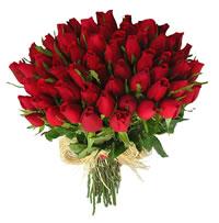 bouquet de rosas vermelhas para oferecer